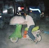 Shroom Scooter - Burning Man 2001.  To edit record e-mail Editor@CostumeNetwork.com.